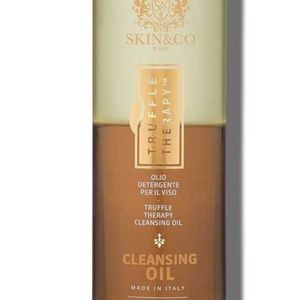 Cleansing oil